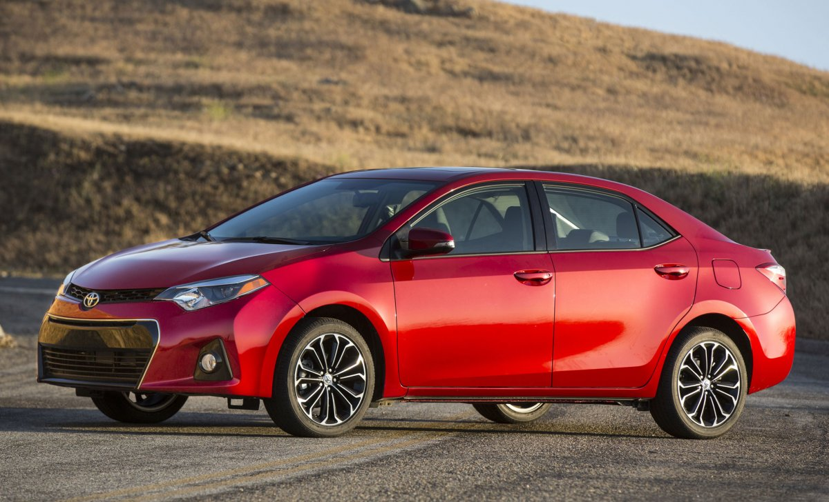 Toyota Corolla 2018 - car insurance, price, color, cost, specs and more