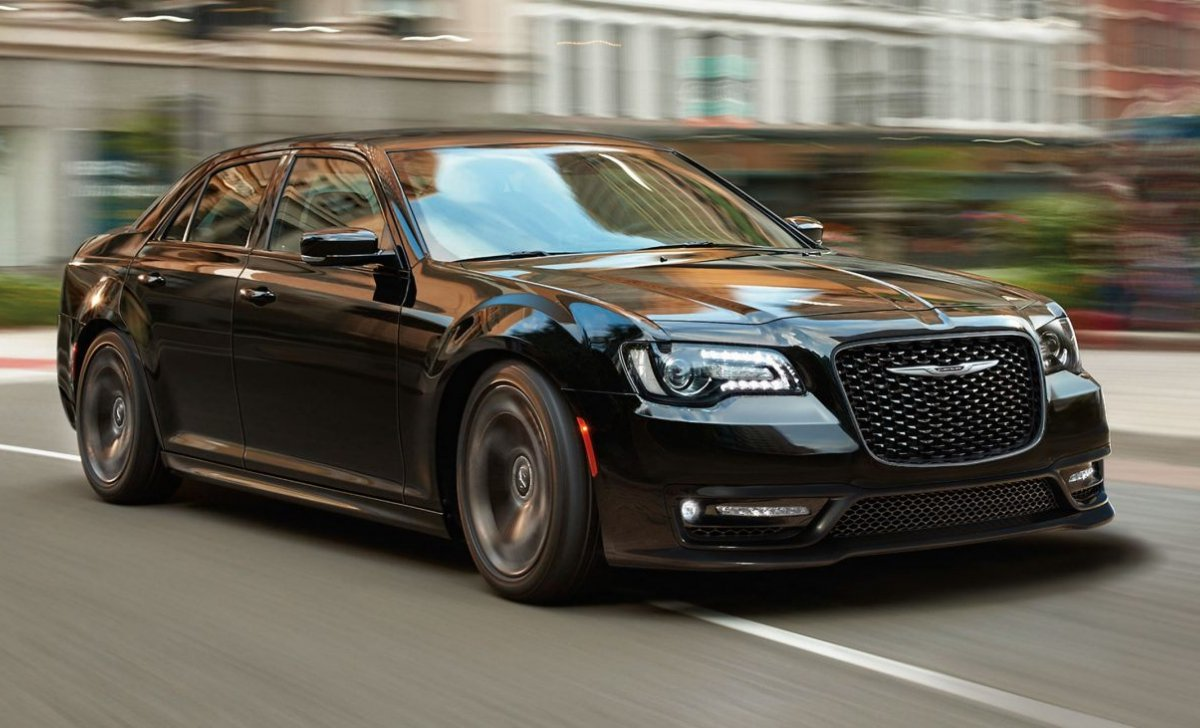 2018 Chrysler 300 - car insurance rates - black color