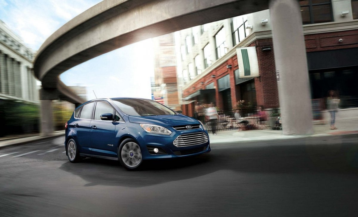 Ford C-Max Hybrid 2018 - car insurance - on the road wallpaper blue car