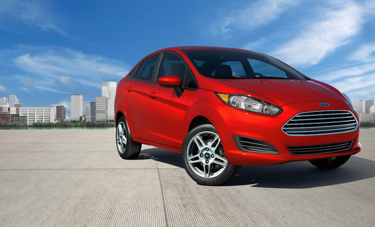 Car insurance for Ford Fiesta 2018 - red color