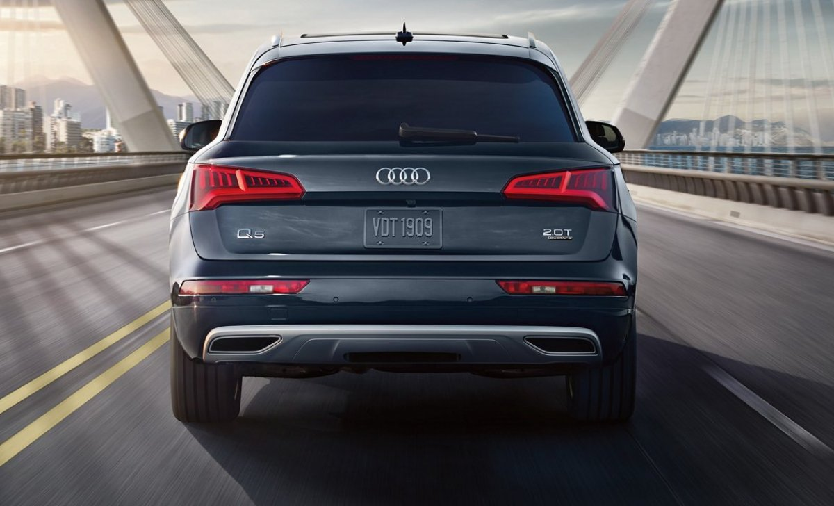 Audi Q5 2018 - car insurance - from back