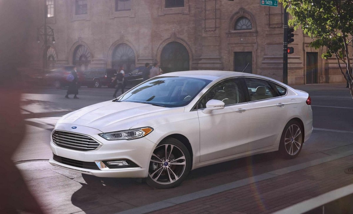 2018 Ford Fusion - Car Insurance - front side look photo of the new Fusion