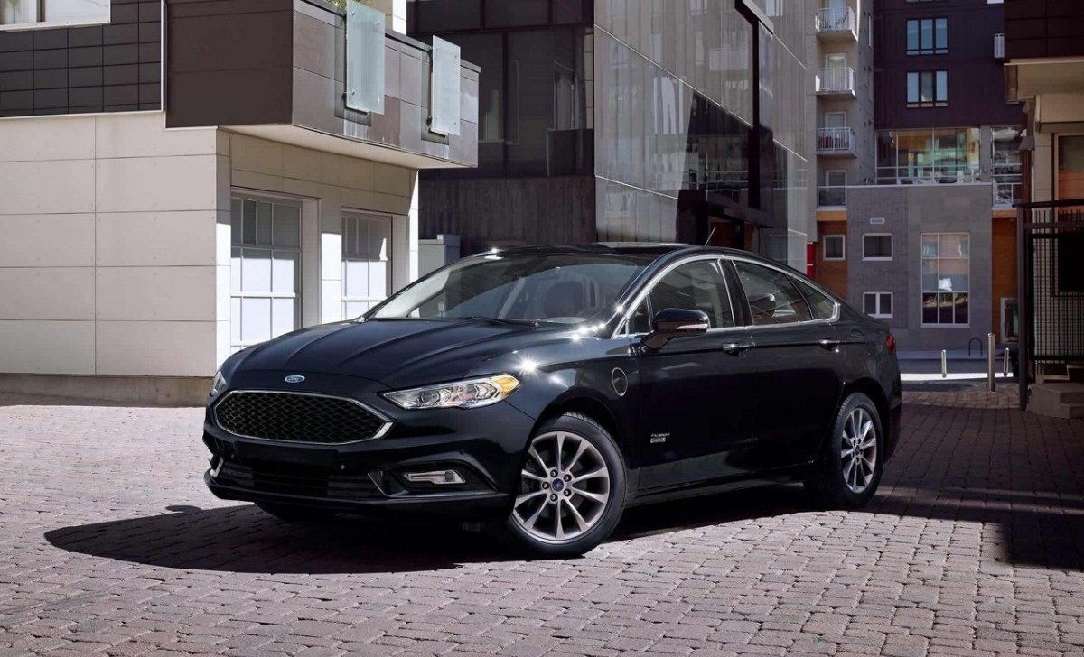2018 Ford Fusion - Car Insurance - black color front side view