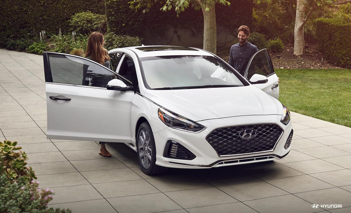 2018-sonata-ext-53-quartz-white-pearl-car-insurance-22