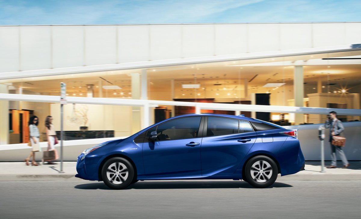 2018 Toyota Prius - car insurance - blue color