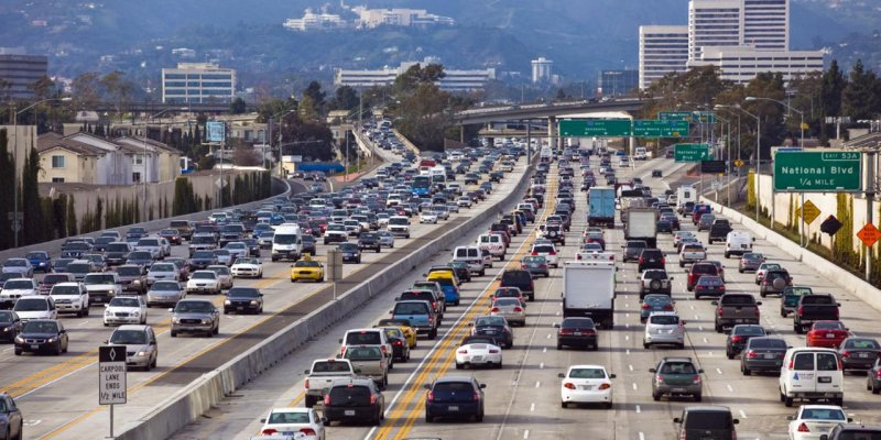 Car insurance in Los Angeles - huge traffic in the City of Angels