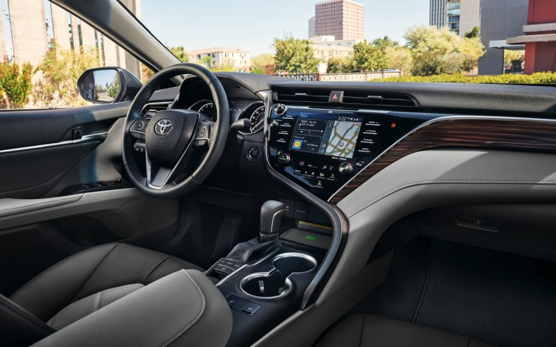 Toyota Camry 2018 - interior - driver position